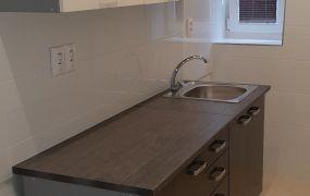 IBA U NÁS !!! Ponúkame Vám na prenájom 3 izbový byt, 60 m2,kompletná rekonštrukcia, Nová Dubnica - Janka Kráľa.