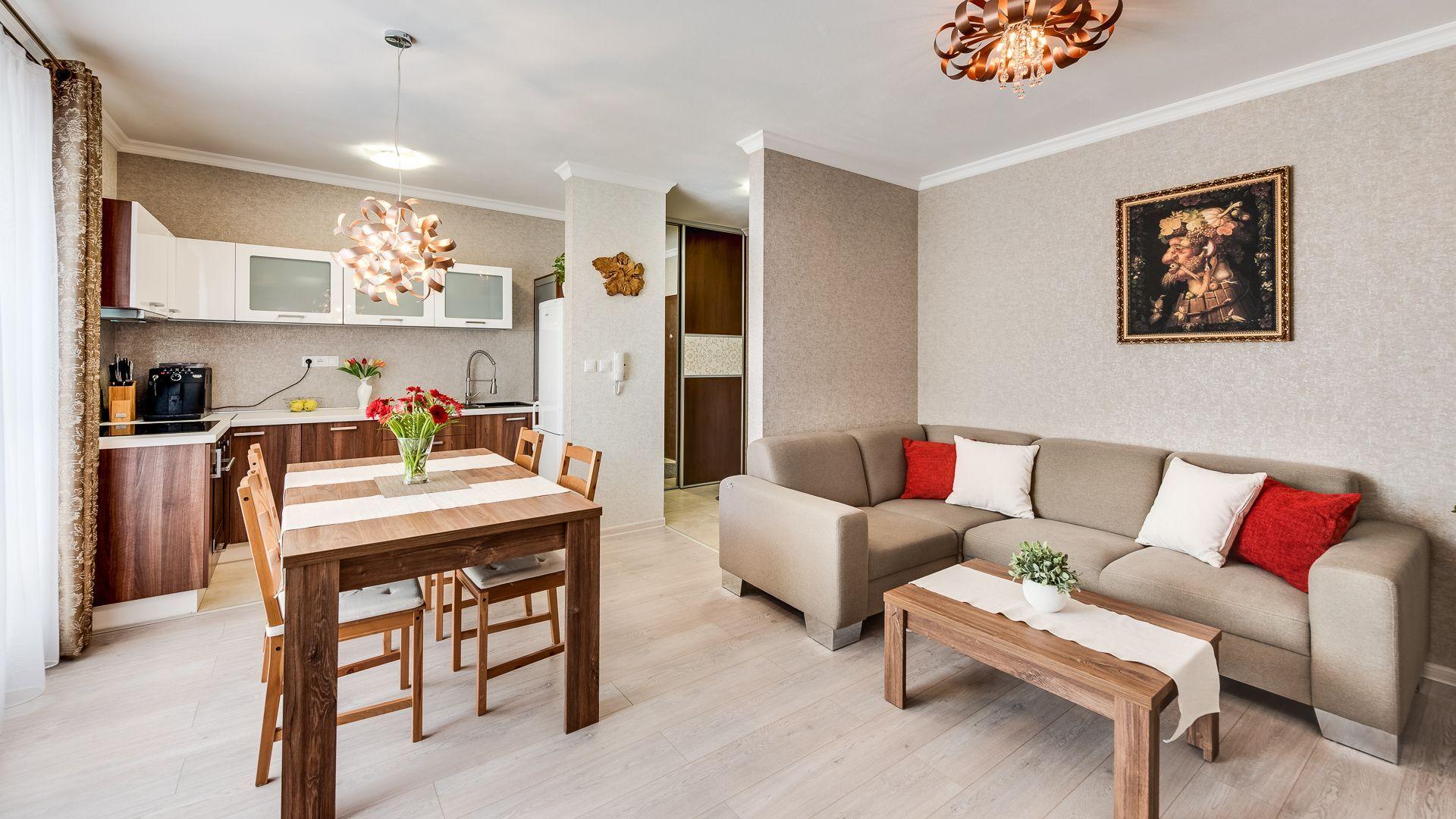 3cef44885 Na predaj Novostavba, Rovinka, 2 izbový byt so zariadením s parkovacím  státím. 1 ...