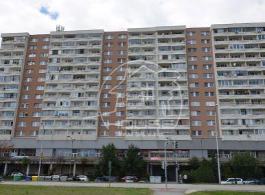 PREDAJ: 3 izb. byt, výmera 69 m2, loggia, rekonštrukcia, Jungmanova ul., BA – Petržalka