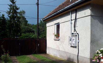GEMINIBROKER Vám ponúka na predaj veľký rodinný dom v obci Füzér