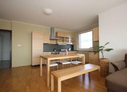 StarBrokers -  PRENÁJOM - 4- izbový byt Nové mesto - Koliba, ul. Strážna, novostavba s BAZÉNOM, krásny výhľad / Vermietung 4-Zimmer Wohnung - Koliba