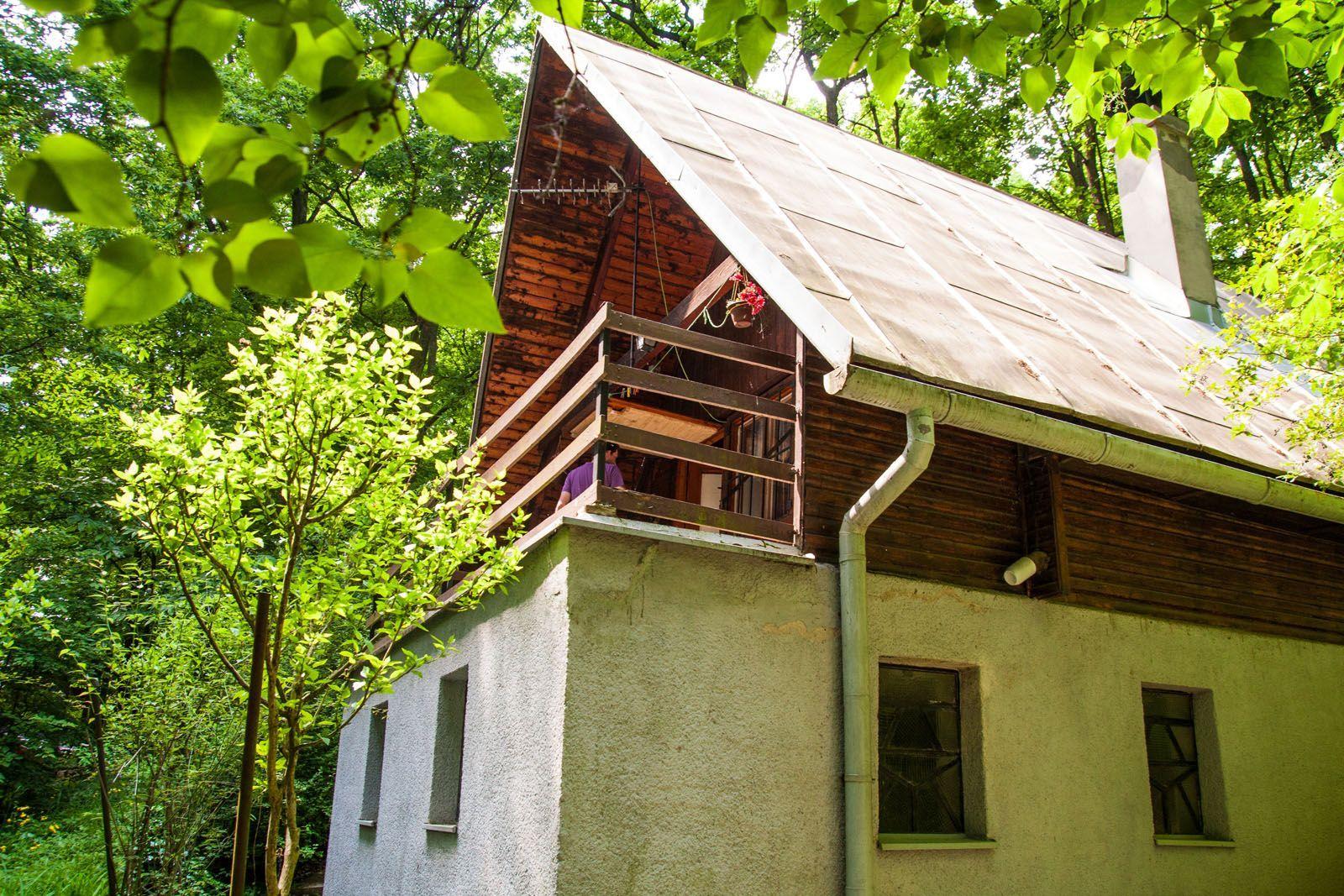 Areté real - Predaj rekreačnej chaty v krásnom lesnom prostredí v Pezinku, Kučišdorfská dolina