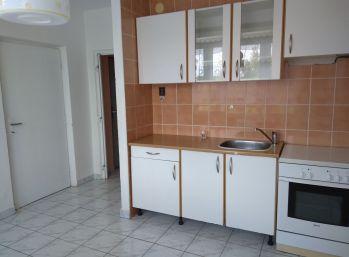 1 izbový byt Poltár 39m2 - kompletná rekonštrukcia