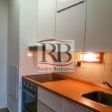 2 izbový byt na Pribišovej ulici v Bratislave mestská časť Karlova Ves - Dlhé diely