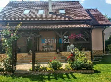 MAXFIN REAL na predaj EXKLUZÍVNY  nový 5 izb.RD 11km od Nitry v Jelšovciach a len 1 km od priem.parku LAND ROVER