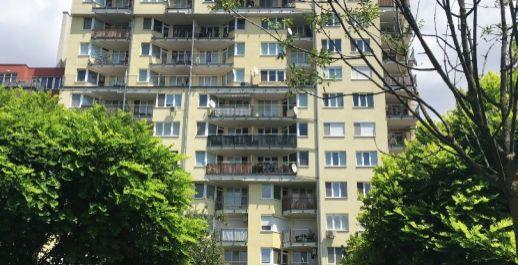 Na predaj slnečný 2iz byt v 8.r.tehlovom dome o výmere 54.34m2 + balkón 7.45m2, BA- Ružinov !!!