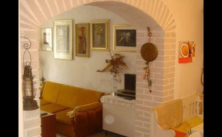 Predaj - 4 izbový habánsky dom - Veľké Leváre - Expis real