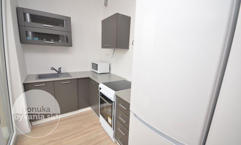 ponukabyvania.sk_Zuzany Chalupovej_1-izbový-byt_KOVÁČ
