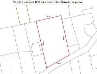Stavebný pozemok o výmere 1 016 m2  v centre obce Štiavnik na predaj!