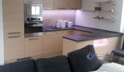 !PRENAJATÉ! Elegantný 2 - izb. byt (novostavba) + 15 m2 terasa