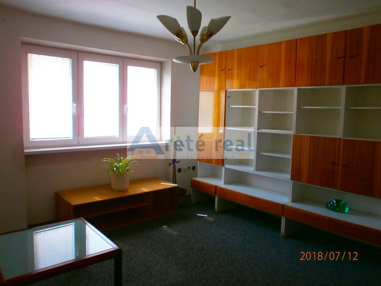 Areté real Prenájom ,slnečného 2-izbového bytu priamo v centre mesta Pezinok