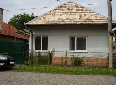 MAXFIN REAL-Rodinný dom v Ipeľskom Sokolci.