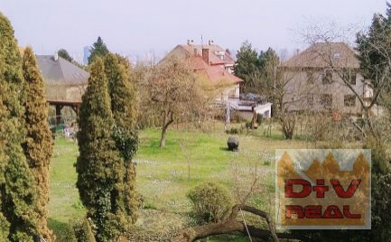 Predaj: 4 izbový rodinný dom, Mudroňova ulica, Bratislava I, Staré Mesto, čiastočná rekonštrukcia, obývateľný