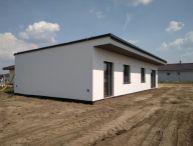 NOVOSTAVBA 4.-izb. RD, v cene dokončenie na kľúč, rekuperácia, pozemok 460m2, obec Majcichov