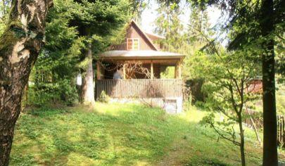 VRÚTKY drevená chatka na pozemku 453m2, Karvaš Blahovec okr.Martin