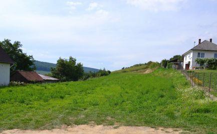 Na predaj veľký stavebný pozemok 3 798 m2 v obci Svinia, okres Prešov