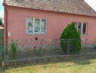 REALFINANC - Predáme 3,5.-izb. rodinný dom s pekným pozemkom o rozlohe 796m2 v Modranke