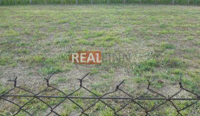 REALFINN Predaj,  stavebný pozemok  11 á Semerovo