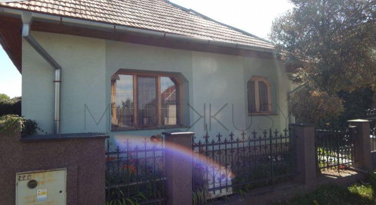 Na predaj rodinný dom Želiezovce, 4 izby, veľký pozemok,