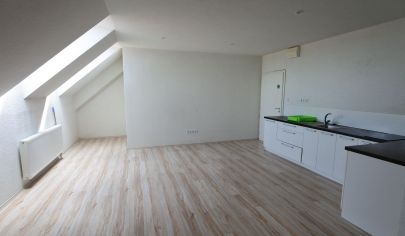 Exkluzívne v APEX reality - prenájom 4iz. mezonetového bytu na Radlinského ul. v Hc, 100 m2