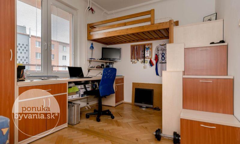 ponukabyvania.sk_Čsl. parašutistov_3-izbový-byt_KOVÁČ
