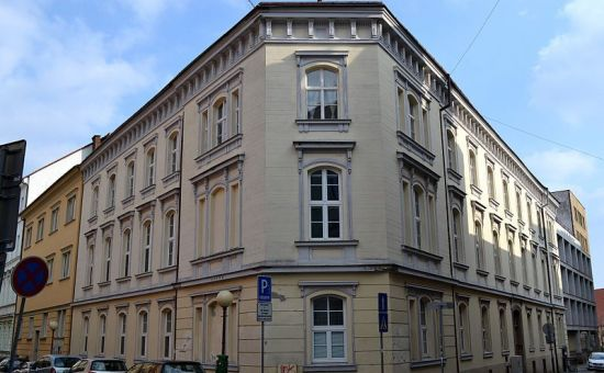 Prenájom luxusného 6-izbového klasického mestského bytu v centre, Kozia ul.