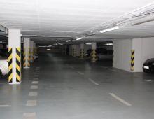 Ponúkame na prenájom parkovacie boxy v podzemnej garáži v novostavbe, Nejedlého ulica, Dúbravka. Možnosť prenájmu aj samostatne. Dohoda možná.