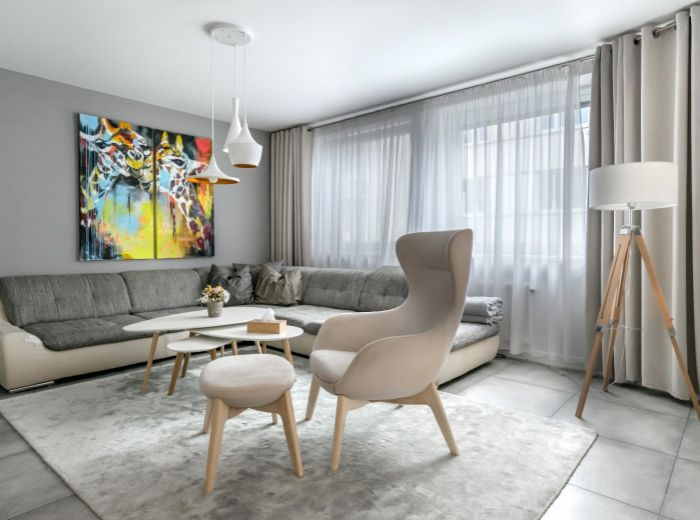 ZÁMOCKÁ, 3-i byt, 88 m2 - dizajnový byt s GARÁŽOVÝM státim na LUKRATÍVNEJ ADRESE