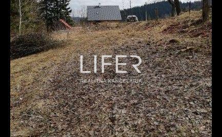 Stavebný pozemok v Rakovej na predaj,1400 m2
