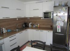 Predaj kompletne zrekonštruovaného 3-izbového bytu,Saratovská ulica, BA IV - Dúbravka