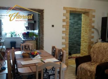 2.izbovy byt v Trebišove vo velmi peknom prostredí