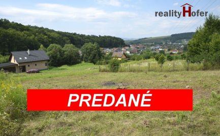 Pozemok pod lesom, 438m2 v obci Kanaš, 10 min od Prešova