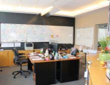 Na prenájom kancelária v administratívnej budove blízko Apollo Business Center, Mlynské Nivy, rozloha od 90 m2.