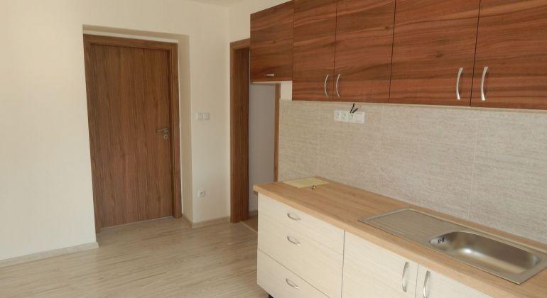 Na Predaj 3 izbový byt, 77 m2, Handlová, 29.Augusta