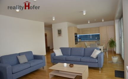 Prenájom - Luxusný, zariadený 3 izb. byt 95m2, priamo v centre, Prešov