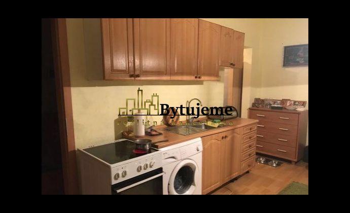Predaj 1 izb. byt 31 m2 s loggiou Bujnákova, Dúbravka