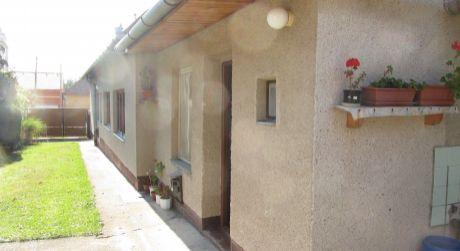 Vyzálohované  Na predaj rodinný dom Zlaté Moravce-Chyzerovce