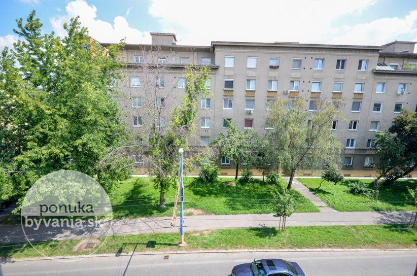 ponukabyvania.sk_Miletičova_1-izbový-byt_KOVÁČ