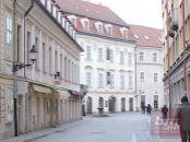 Rezervovaný! 3 izb. byt na Strakovej ul.  historické Staré Mesto