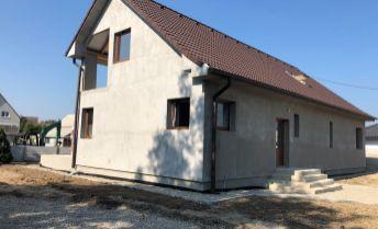 Rodinný dom 7+2 po kompletnej rekonštrukcii v KOŠECI, pozemok 763 m2
