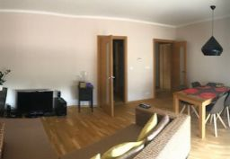 Prenajmem 4.izbovy byt v Cubicone