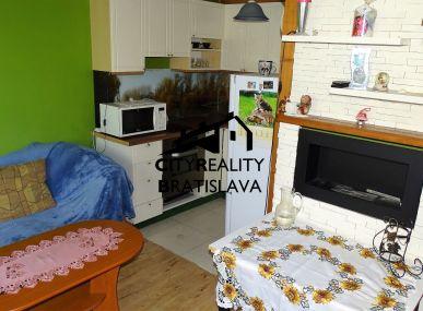 Výnimočný 1 izbový byt na skok od centra