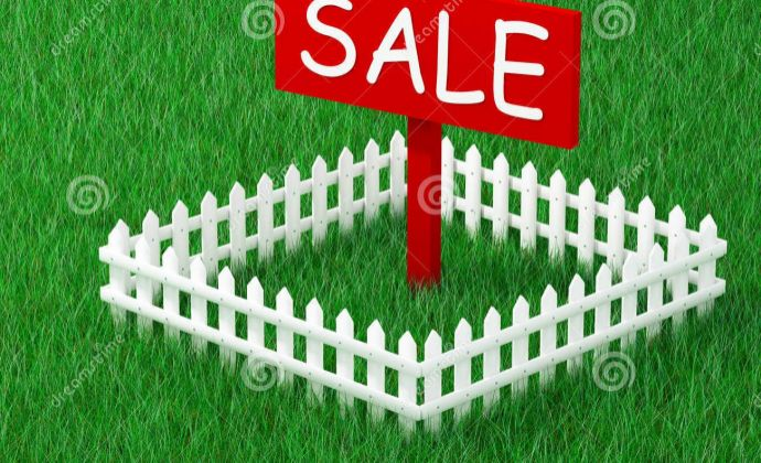 Na predaj lukratívny 7 á pozemok vhodný na výstavbu RD v meste Šurany, časť Kostolný Sek. Cena 36.990 Eur