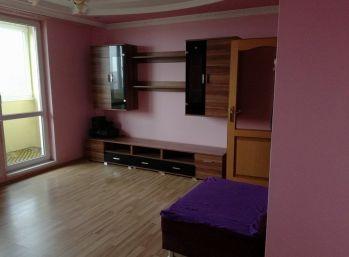 Luxusný 3.izbovy byt so sukromným altánkom,záhradkou a garážou v Bracovciach