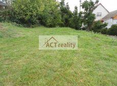 ACT REALITY-  Atypický pozemok pre výstavbu rodinného domu, cca 400 m2, Hradec