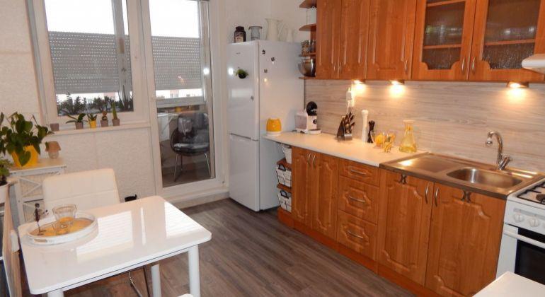 Na predaj 3 izbový družstevný byt, 70 m2, Prievidza, Necpaly