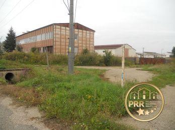 Na predaj komerčný objekt s pozemkom 3140m2 v Podlužanoch pri Bánovciach n/B.