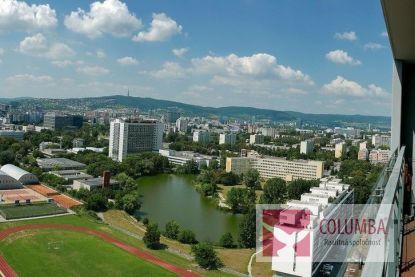 Na prenájom luxusný 3-izbový byt s nádherným výhľadom / luxury apartment with beautiful views over Bratislava