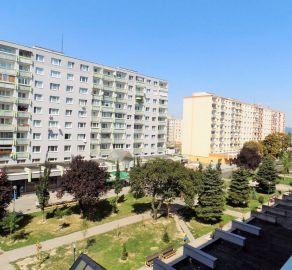 StarBrokers -  EXKLUZÍVNY PREDAJ - 1 izbový byt s loggiou, Vrakuňa, ul. Bučinova, čiastočná rekonštrukcia