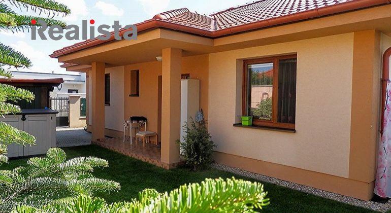 REZERVOVANÉ -Nový, klimatizovaný, zariadený 4 izbový rodinný dom 19 km od Bratislavy